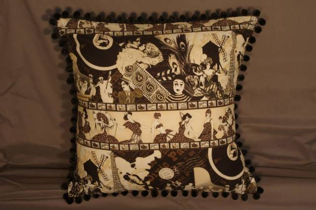 1920's All That Jazz Retro Cushion