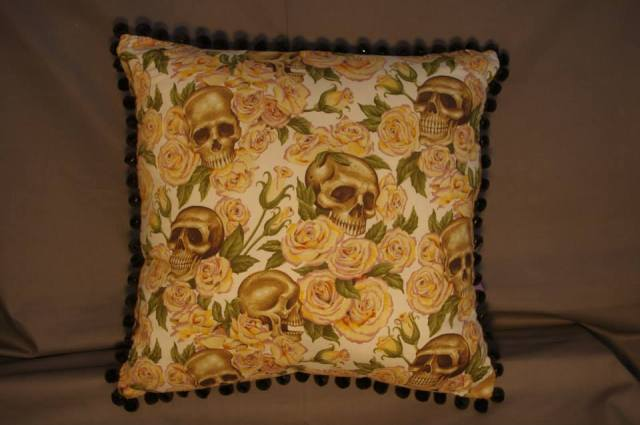 Skulls and Roses Cream Retro Cushion